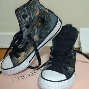 Youth Converse.